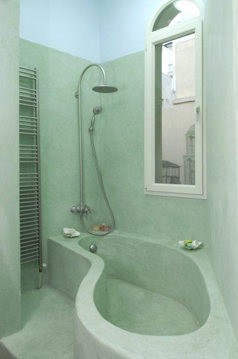 DAMASK_beton cire_bath_Thessaloniki residence