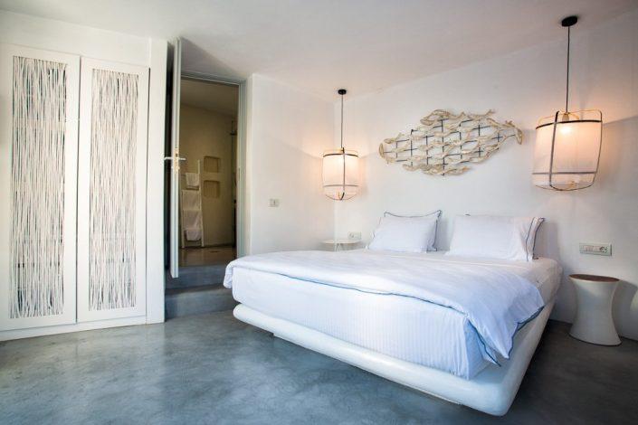 DAMASK_ patiti tsimentokonia_Blue Sand Luxury Hotel_Folegandros_1