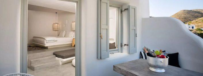 DAMASK_ patiti tsimentokonia_Blue Sand Luxury Hotel_Folegandros_1a