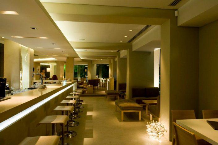 DAMASK_deco_beton_lime_plaster_kalis_echoes bar restaurant
