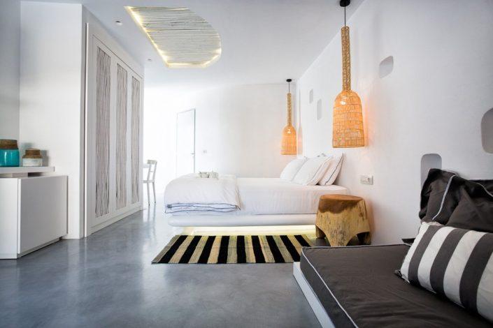 DAMASK_patiti_tsimentokonia_Blue Sand Luxury Hotel_Folegandros