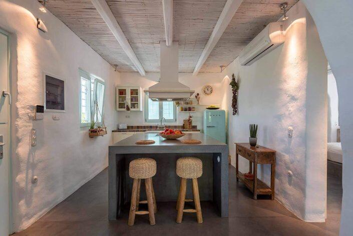 White Pearl Villa Kos_beton cire in a kitchen_Damask atelier