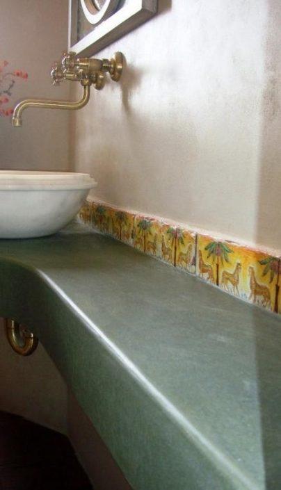 DAMASK_beton cire bath_residence in Kavala