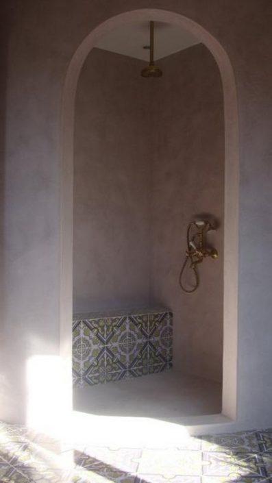 DAMASK_tsimentokonia se banio_residence in Kavala_a