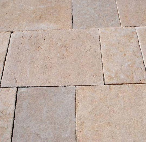 2_flagstone floor_petrino dapedo_petra_Bastide_Damask
