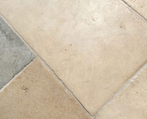 3_Flagstone floors_Stones_Petrina Dapeda_Petres_St Georges by Damask