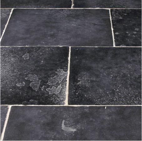 7_Flagstone floors_Stones_Petrino Dapedo_Medieval Black by Damask
