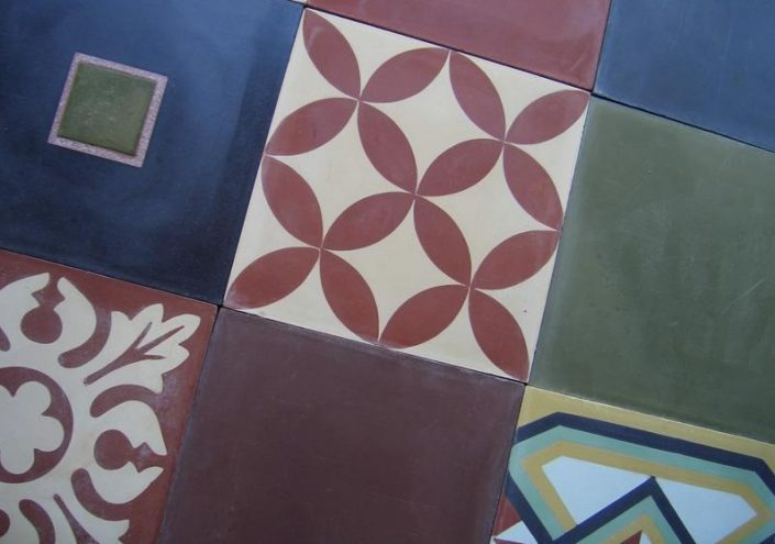 Cement tiles_Damask materials