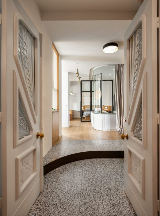 Thessaloniki_ recidence_Terrazzo floors_Bath_Damask_c
