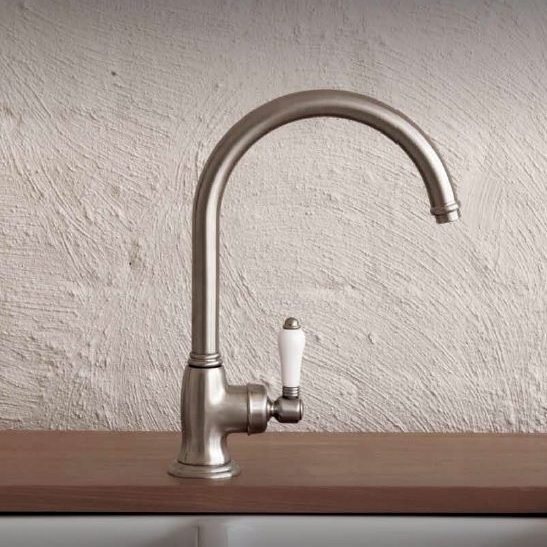 kitchen tap_damask_2