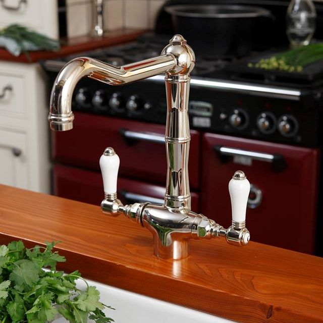 kitchen taps_damask_7a