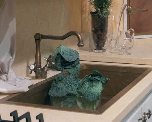 metal kitchen sink_Damask_burnished brass_6